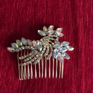 Accessories - Brand New Hair Accessory